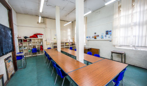 A picture of the Turner classroom with chairs and desks.